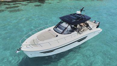 Oryx-38-Ibiza-Charter-Rent