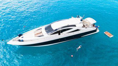 Canados-90-Rent-Yacht-Ibiza