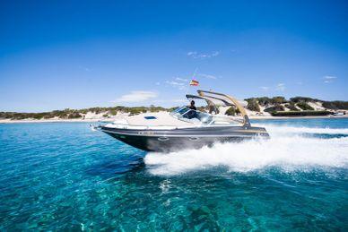 Rinker-Boat-Ibiza
