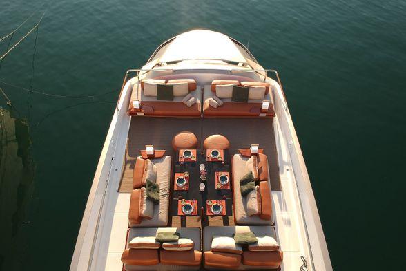 Overblue-64-Goldfinger-Boat-Ibiza-Flybrige