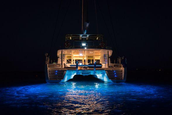 Catamaran-Ibiza-underwater-lights