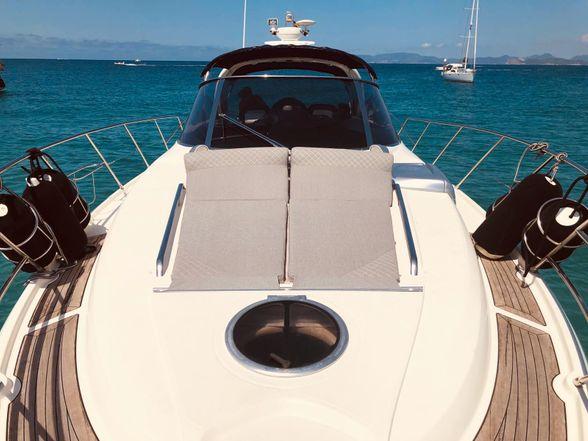 Cranchi-47-Yacht-Ibiza-proa