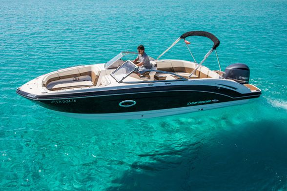 Chaparral-250-Boat-Ibiza-side