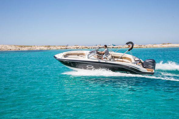 Chaparral-250-Rent-Boat-Ibiza