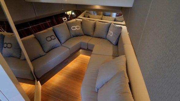 Infinity-47-Boat-Ibiza-Inside