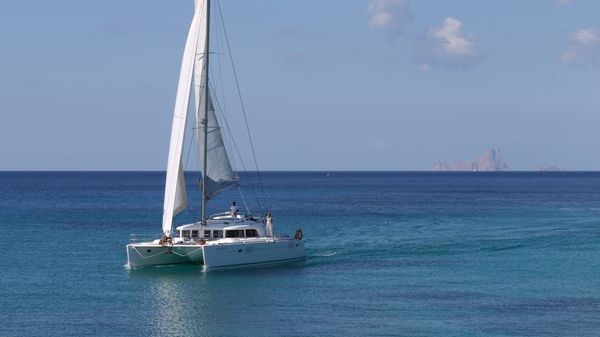 Hire-Catamaran-Ibiza