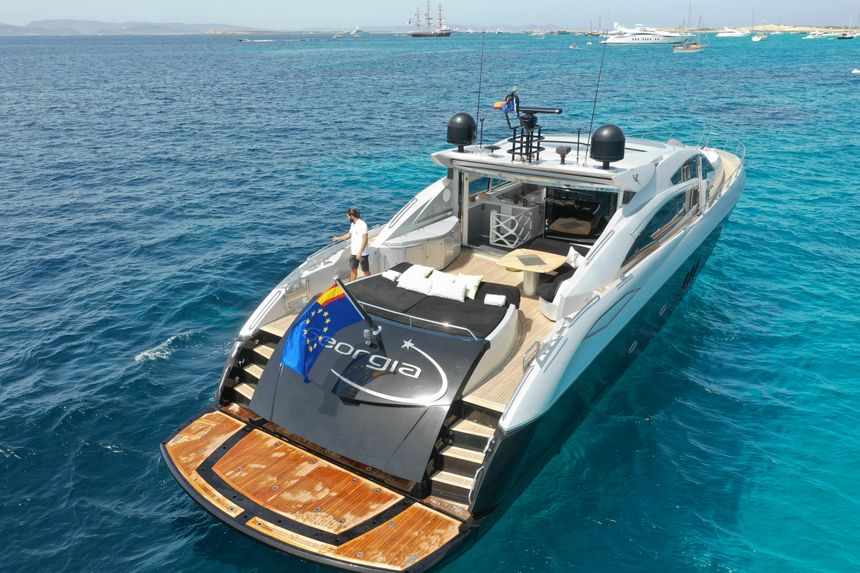 Predator-82-Yacht-Ibiza-Georgia