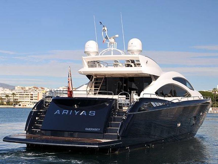 Predator-84-Ariyas-Yacht-Ibiza