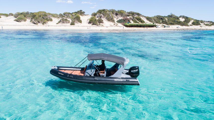 Brig-650-Ibiza-Side