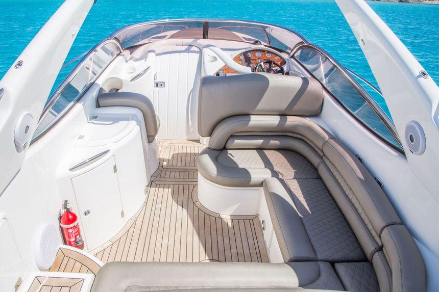 Sunseeker-40-Boat-Inside-Ibiza
