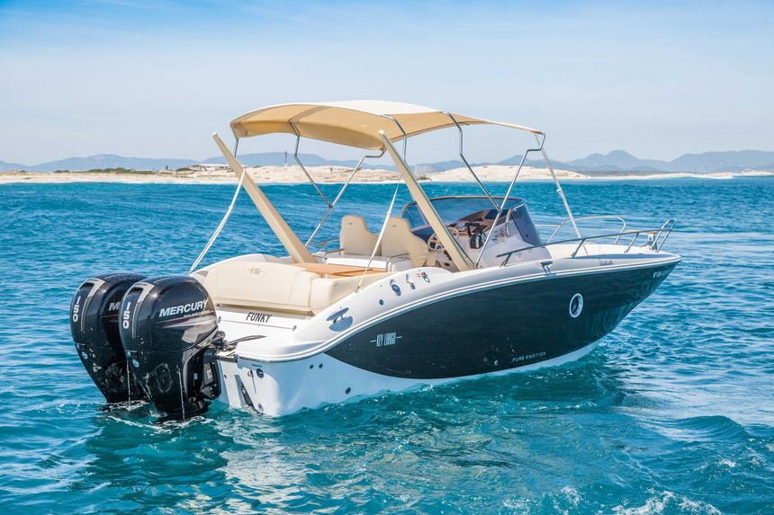 Sessa-27-Rent-Boat-Ibiza