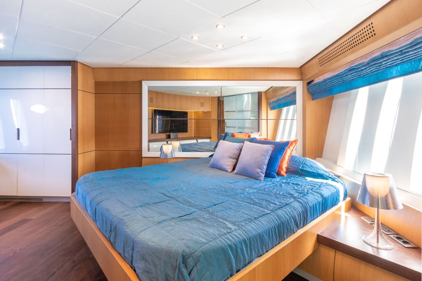 Preshing-90-Yacht-Ibiza-Double-room