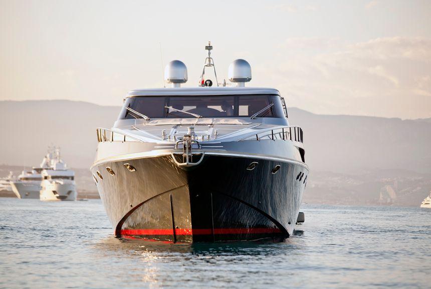 AB-78-Yacht-Ibiza-Front