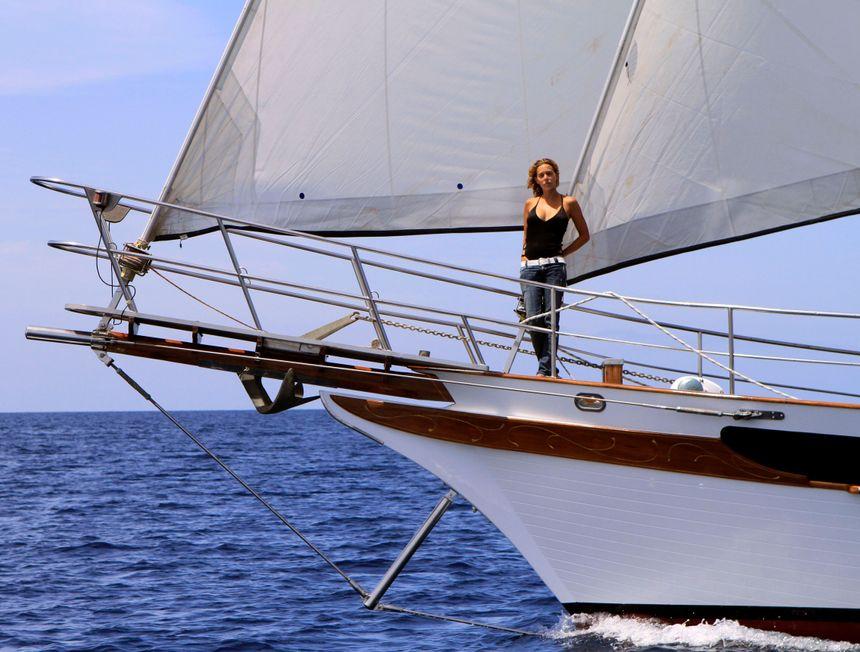 OctopusC-Sailing-Boat-Ibiza-proa