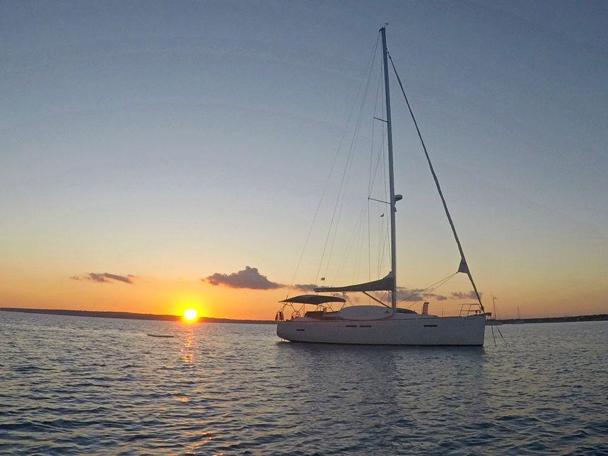 Sailboat-Ibiza-Esquitx-Sunset