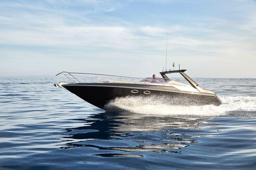 Sunseeker-37-Ibiza-Rent-Boat