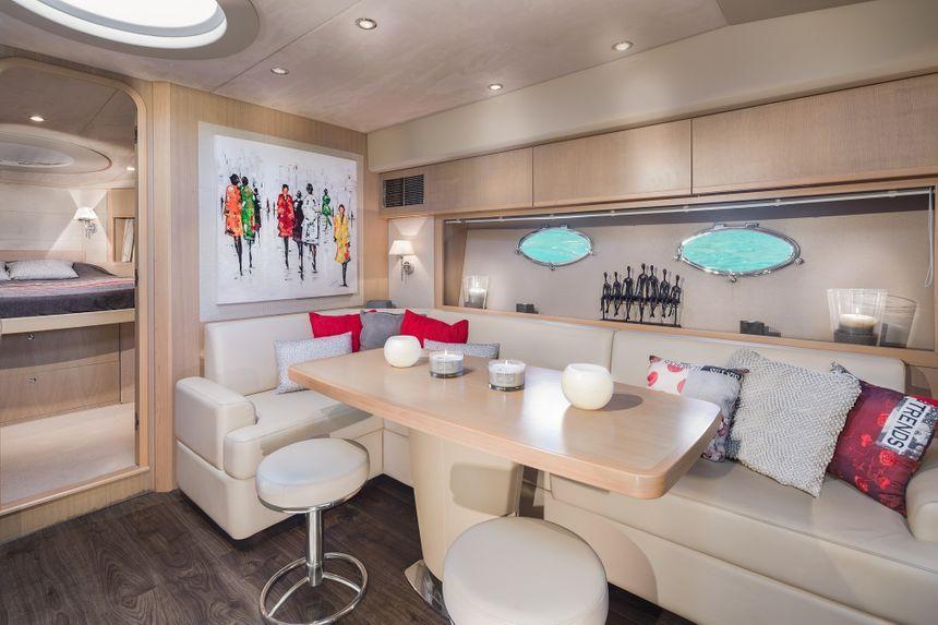 Princess-V53-Ibiza-Boat-Living-room